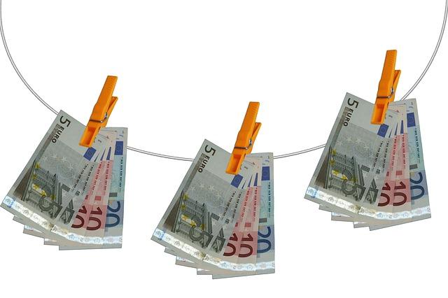 Už se nějakou dobu zajímáte o půjčky peněz a pátráte po výhodném poskytovateli? Na trhu se pohybuje mnoho bankovních a nebankovních společností. Svými podmínkami k poskytnutí se nijak netají, proto je můžete sami posoudit a rozhodnout se.
